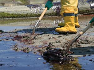 Oil and gas spillage